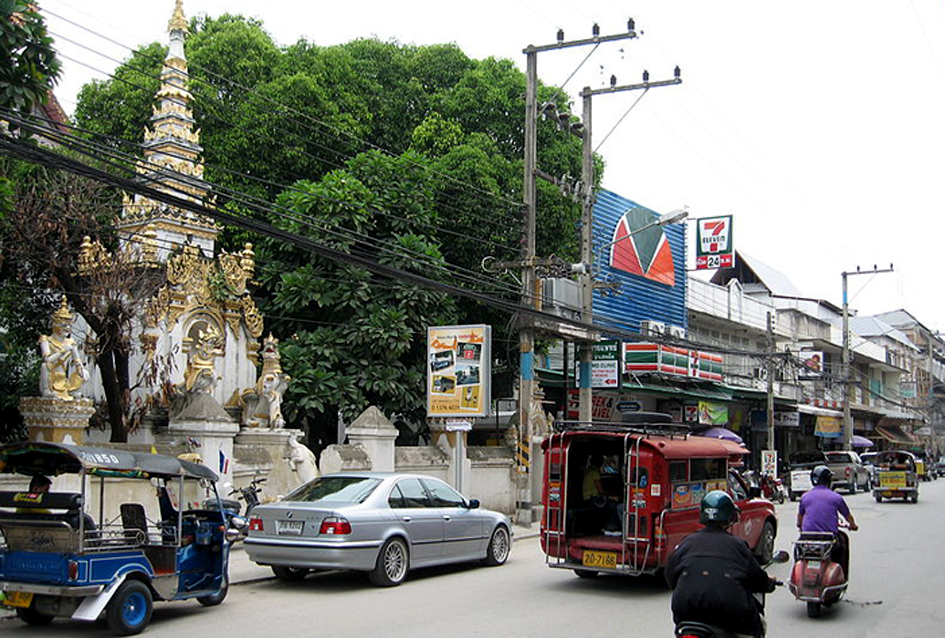 800px-Chiang_Mai_City_Streets