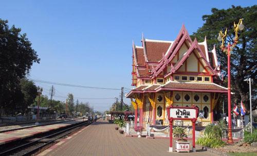 Hua Hin Railway Station 2