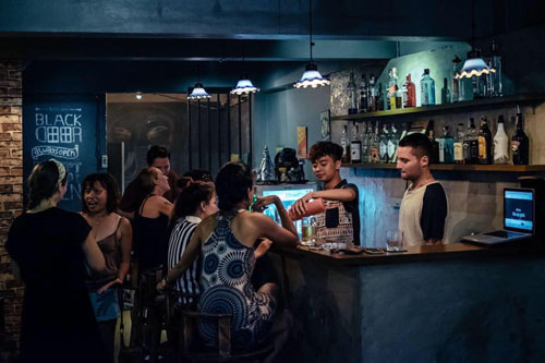 black door chiang mai santitham dive bar